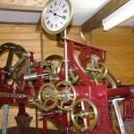 Les cloches de l'église sont déclenchées par une petite merveille de mécanique d'horlogerie soigneusement entretenue depuis 2 siècles.  Fabriquée par la maison TIFFAUGE en Vendée, cette horloge est actuellement une véritable pièce de musée